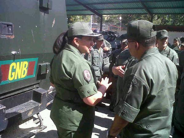 Este miércoles la Ministra para la Defensa supervisa las instalaciones del Destacamento Móvil 51 de la GNB en Caracas http://t.co/R9oz71SLMv