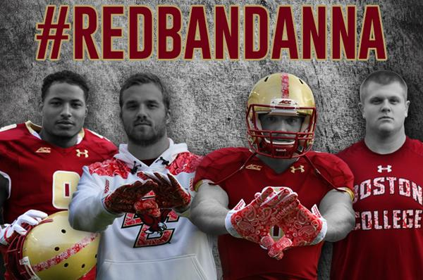 BC honors The Man in the Red Bandanna #911Hero #WellesCrowther at Sat's game.@BCFootballNews:<br>http://pic.twitter.com/V9tnWzn95u  http://www. bceagles.com/sports/m-footb l/spec-rel/091014aaa.html   …