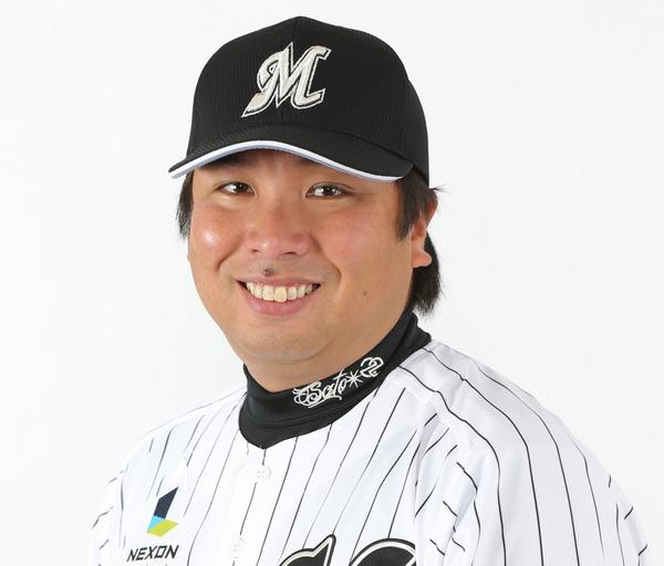 里崎智也選手が今季限りで現役を引退することになりましたのでお知らせします。 http://t.co/dIe7wKXh6q #chibalotte http://t.co/0GB7yk9n65
