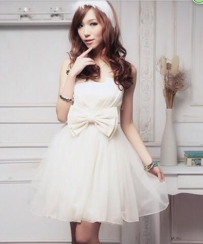 ミニドレス参戦服はやっぱりドレスにこ言う靴合わせてものすごく可愛いと思います♡pic.twitter.com/1Eozb7EXyT