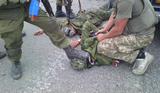 Террористы и военнослужащие с сегодняшнего дня должны отвести силы и технику на 15 километров, - СНБО - Цензор.НЕТ 6136