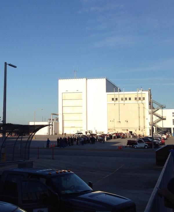 The first #Orion space capsule is supposed to roll out of the O&C any time now. http://t.co/XIGtDNAoZg