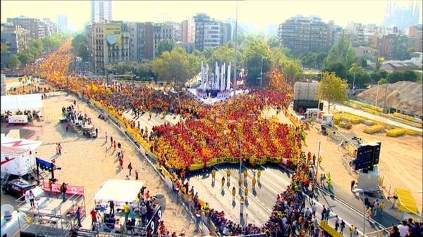 Hem fet història! La V ja és la mobilització més multitudinària de la història d'Europa! El 9N votarem i guanyarem! http://t.co/0C6cdmu80x