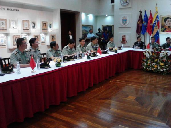 La A/J Carmen Meléndez informó que para el mes de octubre una comitiva militar venezolana viajará a China http://t.co/og8sR7zUNi