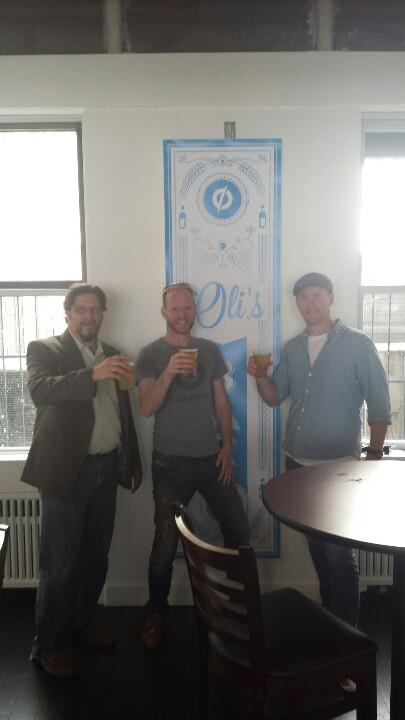 At Oli's Bar at @unbounce in Vancouver for #ctaconf with @peeplaja @oligardner http://t.co/ABjpLz3mlR