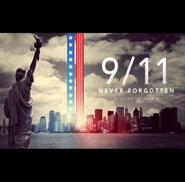 In remembrance of those that are no longer with us. Today we reflect & remember. #911anniversary #911NeverForget #911 http://t.co/1l9DKtEtl9