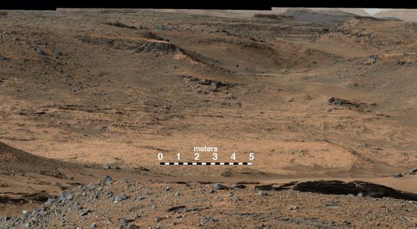 Mars rover Curiosity reaches Mount Sharp in deep crater - CNN.com