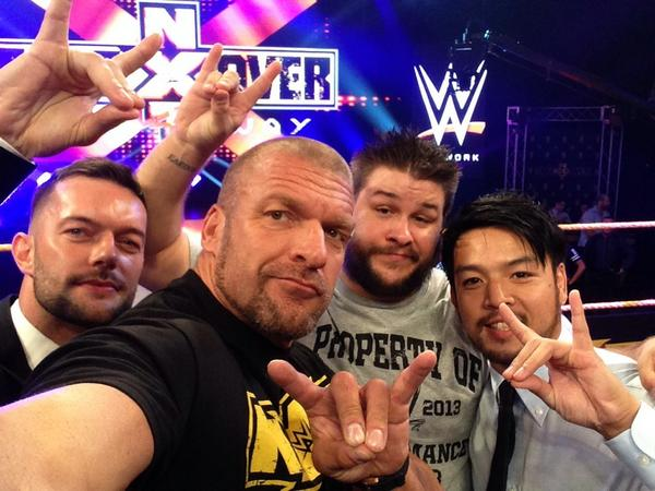 Triple H Confirms the Debut of Another Superstar at NXT Takeover, Hosts Twitter Q&A, Takes Selfie w/ Steen, Devitt  BxRxU8yCMAASLvn