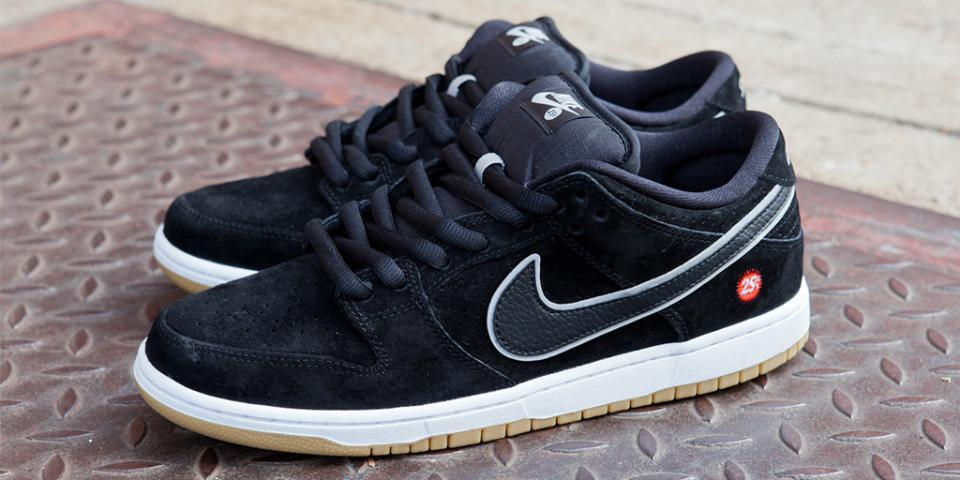 RT @nikestore: The @nikesb x @quartersnacks Dunk Low SB drops tomorrow at noon EDT / 9am PDT: http://t.co/VsqpTUNp1y http://t.co/2DDaLQIMpU