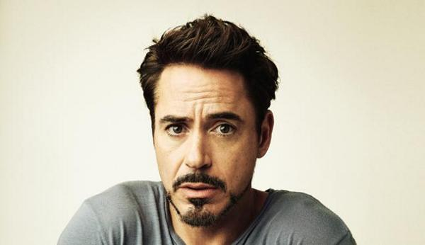 Robert Downey Jr reportedly takes Assassin's Creed movie role http://t.co/I4Oofa6AdR http://t.co/RDyiqb8nne