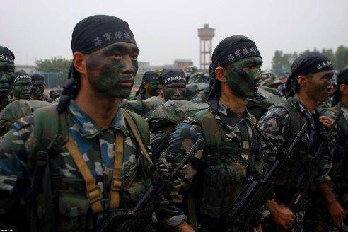 В течение суток террористы обстреляли позиции украинской армии в 15 населенных пунктах, - СНБО - Цензор.НЕТ 7527