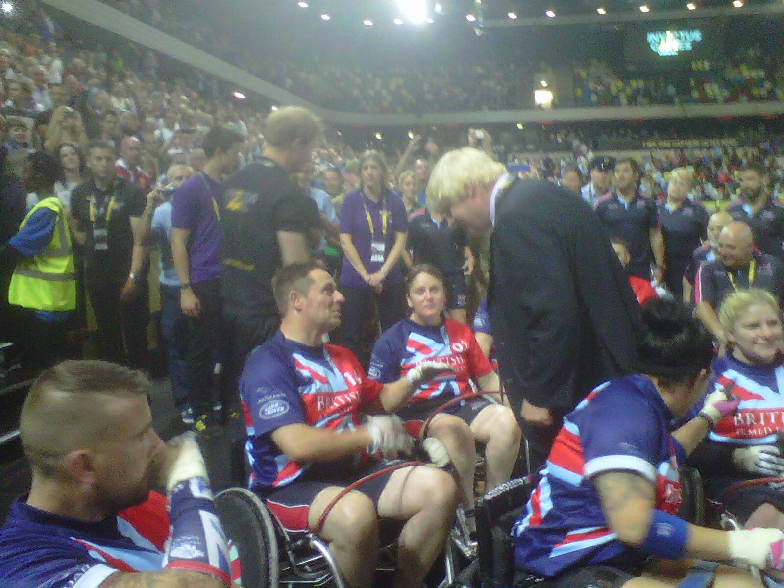 Thrilled to watch Team GB thrash the Aussies @InvictusLondon Wheelchair Rugby & meet the winning team w/ Prince Harry http://t.co/UFo1ehZ6wv