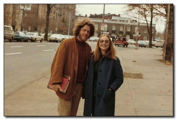 He most definitely inhaled. RT @HistoryInPics: Bill and Hillary Clinton as students, 1972 http://t.co/pJKb9rq7e3