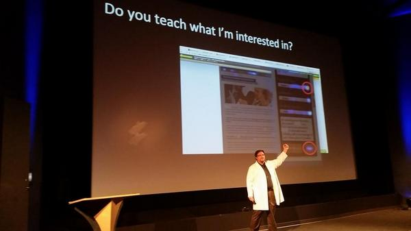 .@bmassey rocking lead gen decked out in white:) #ctaconf http://t.co/99dCV4nnpe