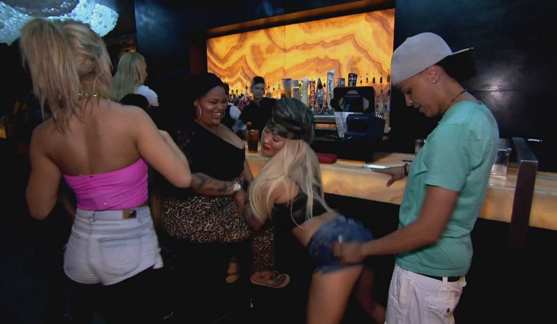 Hot girls in a club Bad Girls Club On Twitter Hot Hot Hot Check Out This Gallery Full Of The Sexiest Moments From Bgc12 Http T Co Nm8dwu6vti Http T Co 7vbb5mpgbc