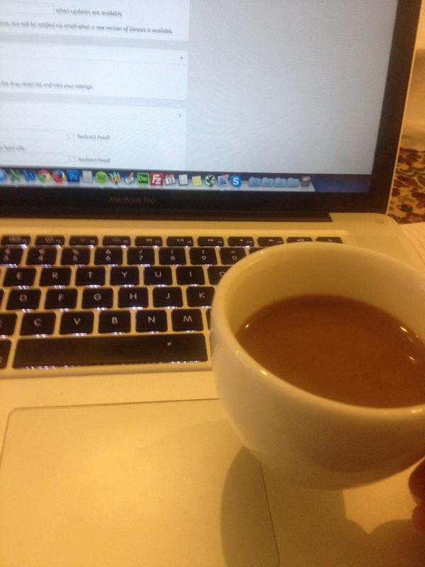 Lukkede laptoppen kl 02:00 og startede den op igen 06:30. Godt vi har kaffe ad libitum på #workawaycamp http://t.co/C6ua0fWJoM