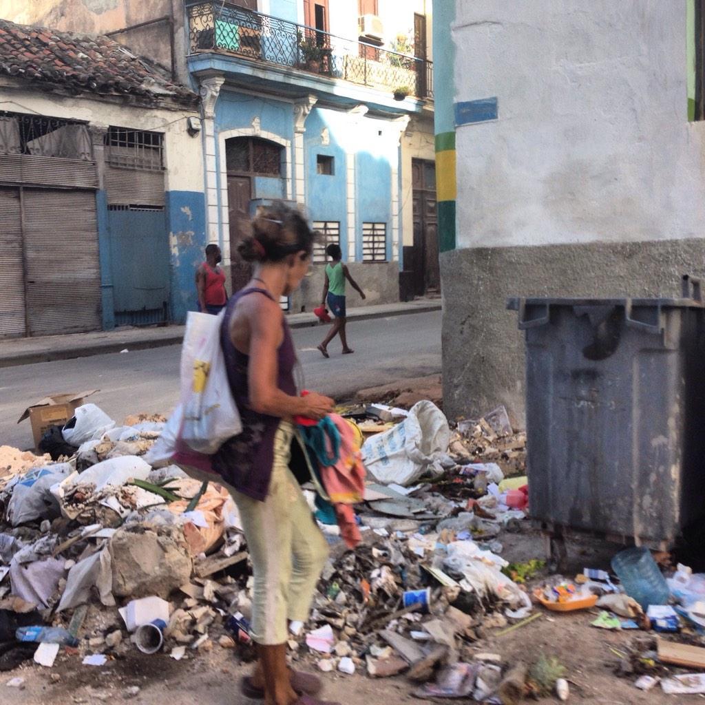 La Cuba 'cruda' de Yusnaby Bx_4HOxCAAEjLRm
