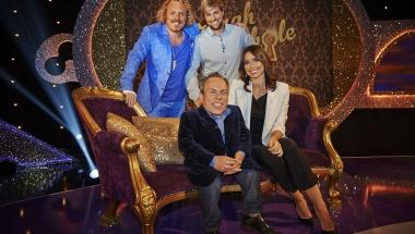 RT @29elis5: FEW HOURS TO BROADCAST!!! @KianEganWL as guest of @lemontwittor at @ThroughKeyhole on @ITV TONIGHT at 09:20-10:20 PM http://t.…