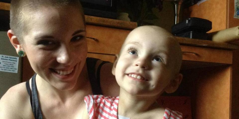 The reason why this mom shaved her head will seriously warm your SOUL: http://t.co/36bk3VlQgX http://t.co/JMIm5pHwKG