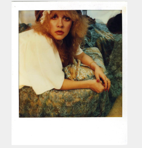 !!! @StevieNicks is putting on an exhibition of self-portrait polaroids. YES.: http://t.co/cu587dQPcH http://t.co/ObkdASU9C1
