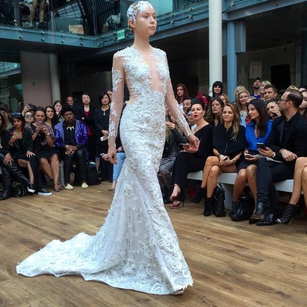 Julien Macdonald closed his #LFW show with an otherworldly bride http://t.co/v4xHhgD5Kh