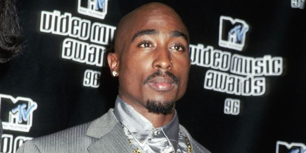 Tupac Shakur died on this day in 1996, six days after being hit in a drive-by shooting in Vegas (Photo: Getty) http://t.co/hEP9QT6Cnm