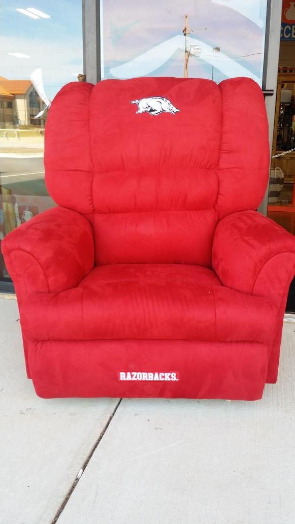 Terrific Ffohome Hashtag On Twitter Caraccident5 Cool Chair Designs And Ideas Caraccident5Info