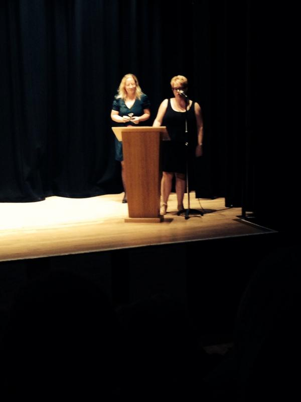 Looking good up on that stage:@mandybaggot at the Festival of Romantic fiction! ! http://t.co/thHrVZPnOj