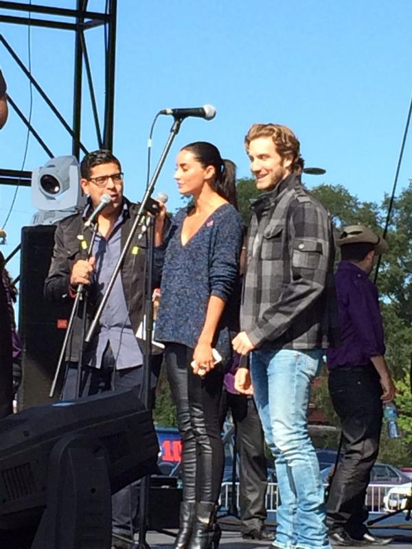 At the Cicero Fiestas Patrias @Telemundo @RdeCorazonesTV @eugenio_siller @PaolaNunez http://t.co/nBoUICxET7