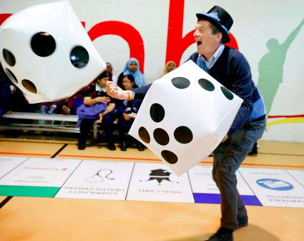 Don Peat No Twitter John Tory Rolls The Dice During Giant Monopoly Game At Central Neighbourhood House Pic By Henri Veronica Topoli Http T Co 39m5ojnmuf