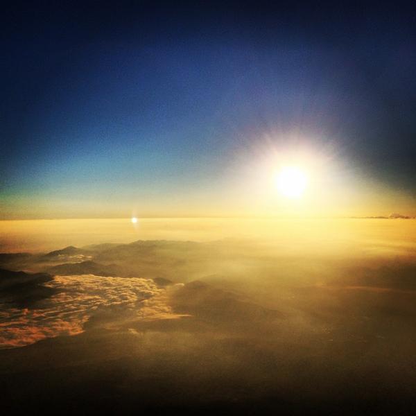 28歳の始まりは富士山に登ってみた。ダイナミックで男前でだった!そして日本に産まれてよかった! pic.twitter.com/9nCMfMZls0