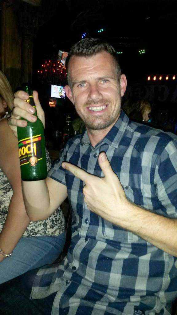 RT @AChafey: @lemontwittor A night out ain't right unless u had a few bottles of lemon #hooch #lemon #legend http://t.co/aPn3tPAqi7