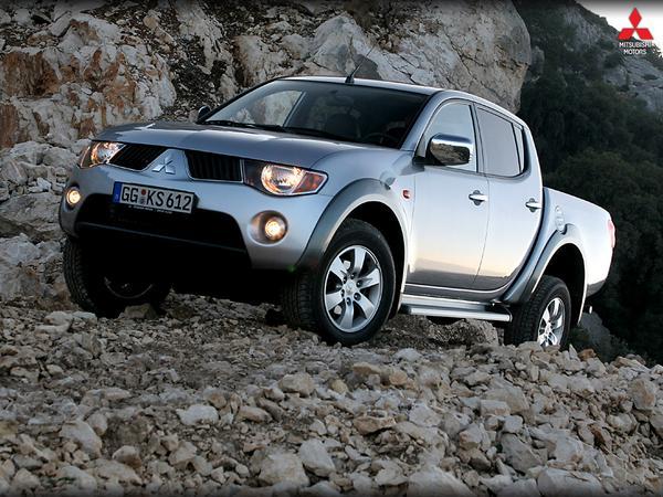 #Mitsubishi la mejor decisión que puedes tomar... la vida es 4x4... http://t.co/8h32WDr4Y3