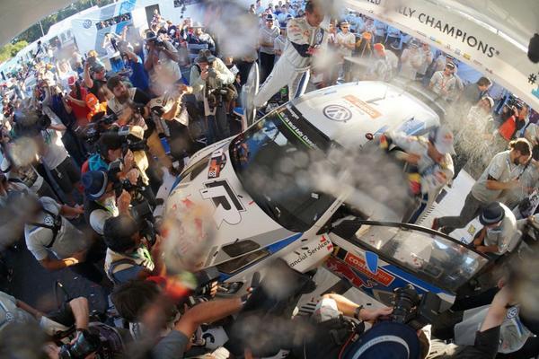 Champagne showers for the winning @VolkswagenRally team @SebOgier #rallyaustralia #WRC http://t.co/KvljjyK4oR