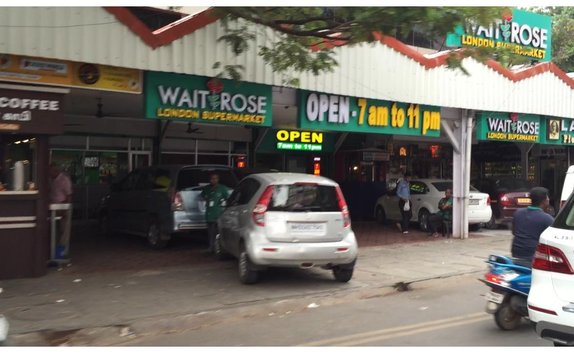 Waitrose doing well in Chennai, I see ... http://t.co/FPmlE6RDX8