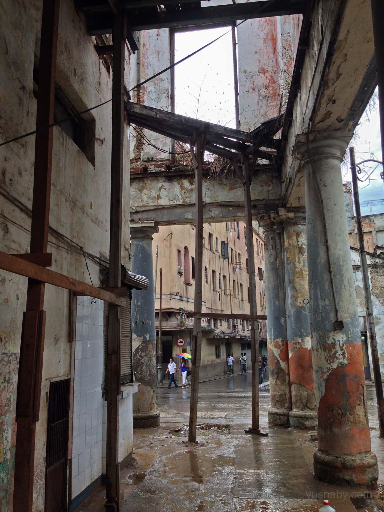 La Cuba 'cruda' de Yusnaby Bxh7GteIAAAm15A