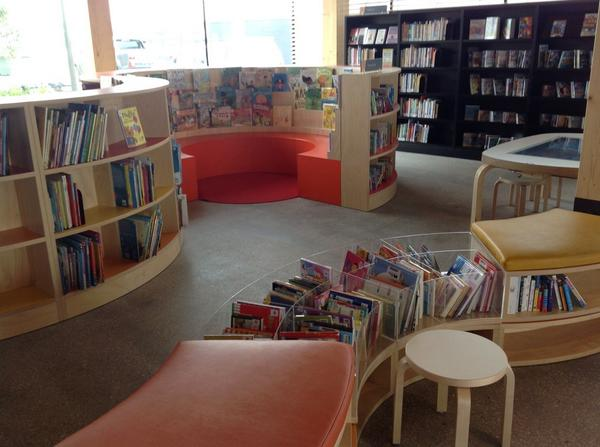 Looks a bit inspired by OAB, library @ at the dock, Melbourne http://t.co/CTNbbeJpnq