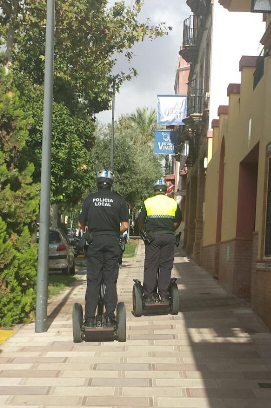 """""""Segways"""" en pruebas por la Policía Local de Alcalá de Guadaira"""