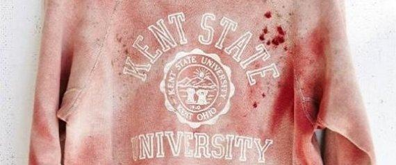 Urban Outfitters hits new low with faux blood-stained Kent State sweatshirt http://t.co/f1BT9AQgS4 http://t.co/YyofpX7FuF