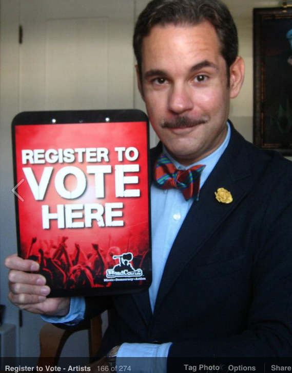 ATTN FAMOUS COMEDIANS! We're in bed w @headcountorg again for NatlVoterRegDay 9/23. Wanna be like @PFTompkins? DM us! http://t.co/e4yrJh5hGH