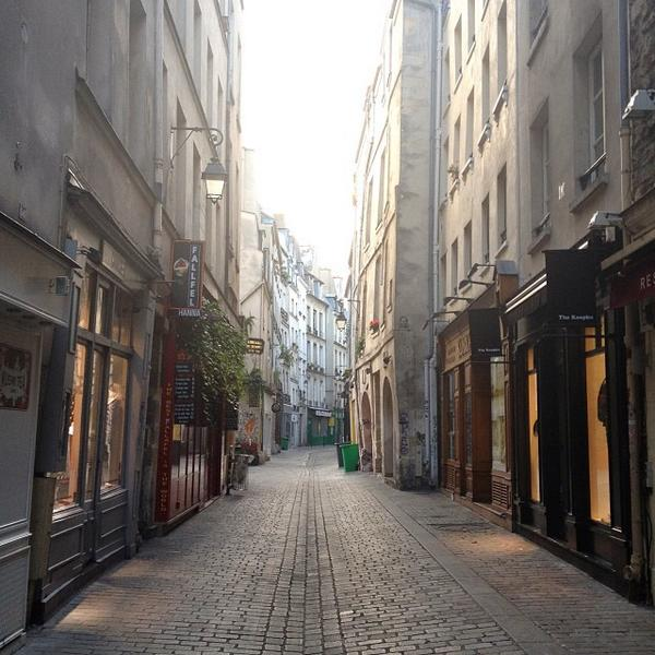 Gorgeous. The Marais. Rue des Rosies in the morning light. via @carlalovesphoto http://t.co/ss4xRYU0HN