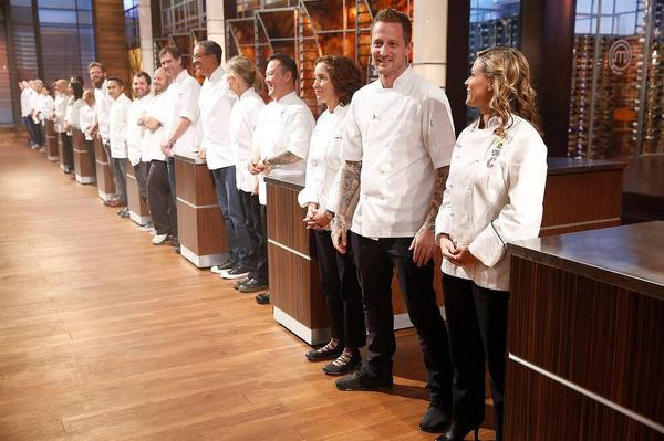 Had a great time on the set of #masterchef. Tune into the finale TONIGHT at 8/7c on FOX http://t.co/AzVyuohOVx
