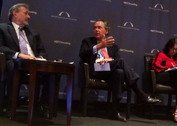 #SIFMA CEO Bentsen: Rules regarding risk retention & prudential regulation must be finalized #BPCHousing http://t.co/XwNduMUluv