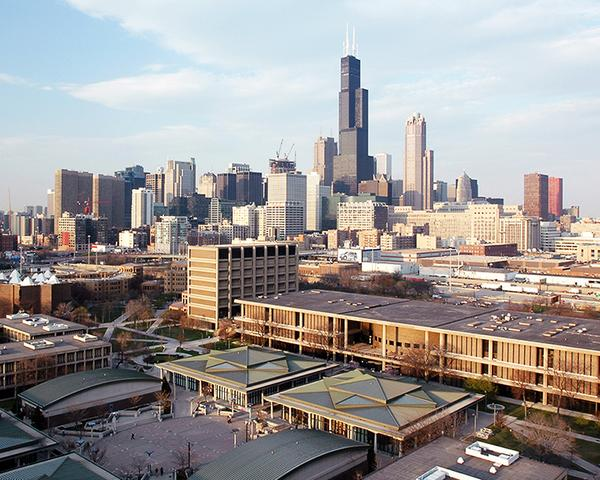 #UIC named finalist for Obama Presidential Library  http://t.co/I8gxZuGjkw http://t.co/y2AEDLUmNG
