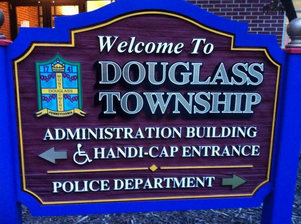 It's almost THAT time, time for another exciting Douglass (Mont.) Supervisors' meeting. Follow along here. @MercuryX http://t.co/SZM97rOPHF