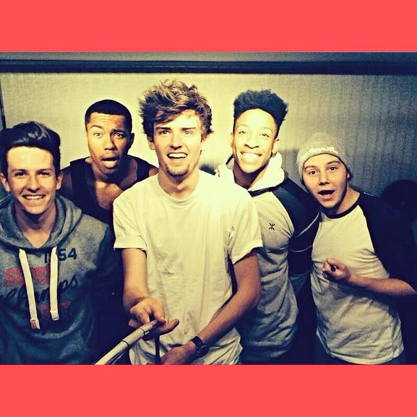 Want a follow?  RT THIS TWEET! 😄  #ConceptXFactor http://t.co/ucqYIuXPF0
