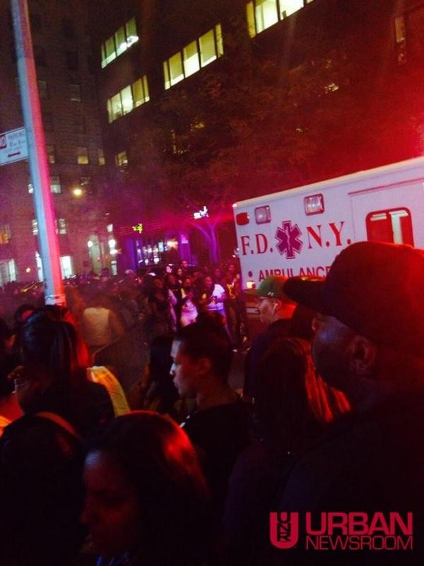 August Alsina collapses and falls off stage during NYC