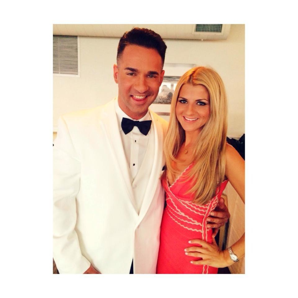 """RT @Hollyscoop: """"@ItsTheSituation: Just Bae  @lauren_pesce @tvgn @ItsTheSituation #TheSorrentinos http://t.co/ThjEQtztAq"""" Aw!! All grown up…"""