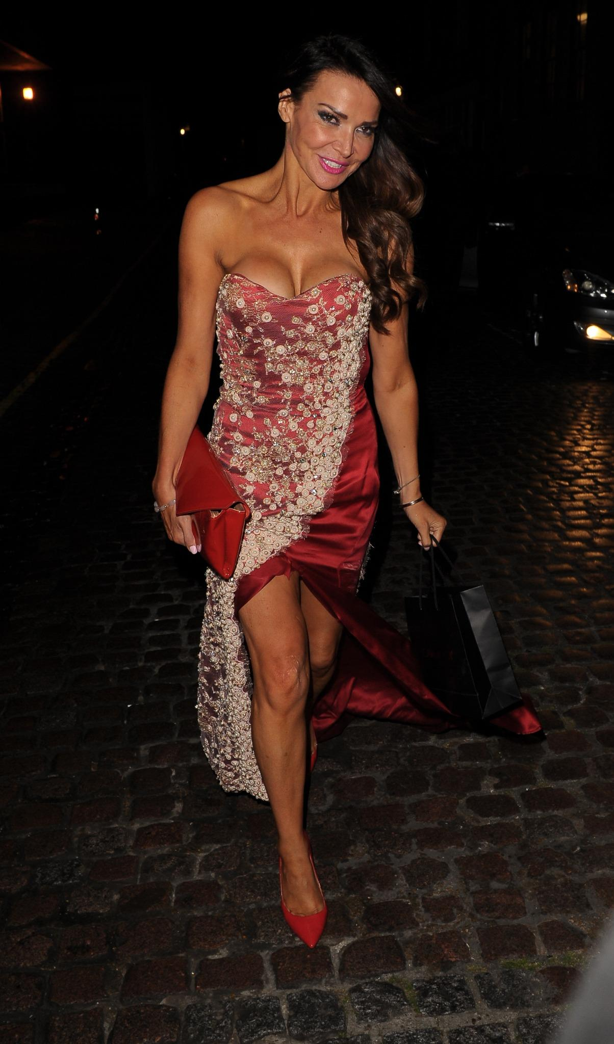 RT @hellsbe: looking amazing @lizziecundy @NinaNaustdal #fashionshow #LFW http://t.co/YOVr1wsosG