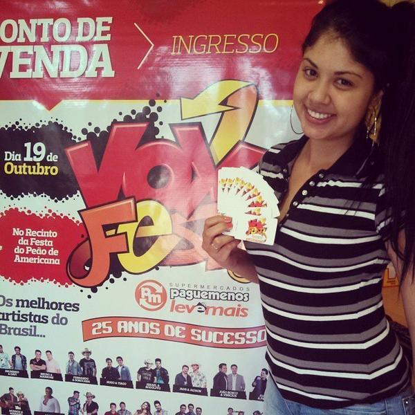 Bom dia, bom dia! Bora garantir seu ingresso para o #VoxFest #PagueMenos Pista só 10 reais!!! Arena Vip Premium e... http://t.co/8i2e19U3DA